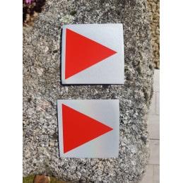 Flèche autocollante réfléchissante de nuit 10cm*10cm - 4 couleurs disponibles